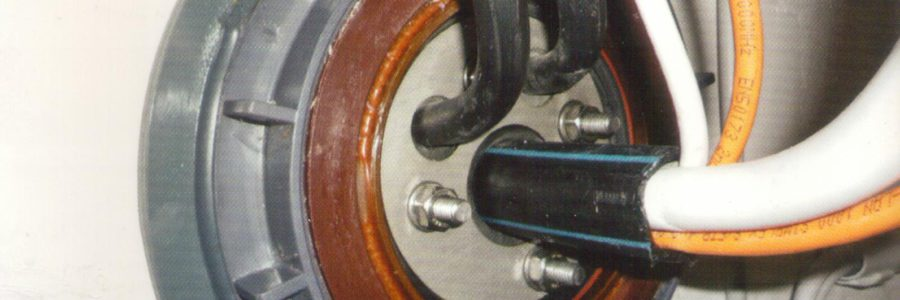 Przejścia i przepusty kablowe